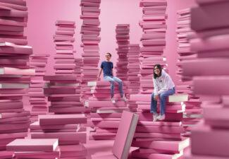 Elever bland böcker